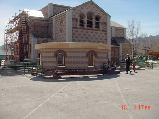 Photo of New Temple construction
